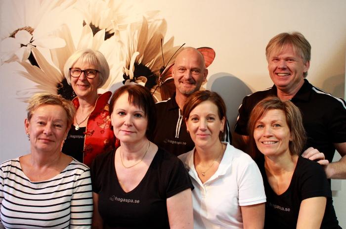 Tillsammans är vi Haga Spa & Hälsa! Bakre raden från vänster Eva Bergfors, Adde Melin, Dan Doverdal. Främre raden från vänster Lisa Smed, Ingela Åberg, Lena Sundberg, Maria Johnsson.